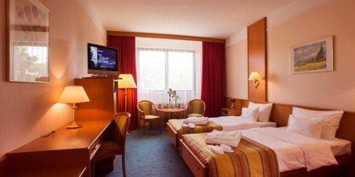 Забронировать Atrium Palace Hotel