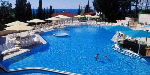 Забронировать Radisson Lazurnaya Hotel