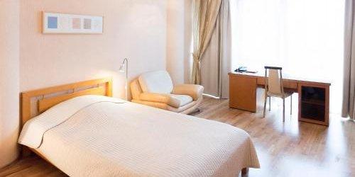 Забронировать Zhemchuzhina Hotel