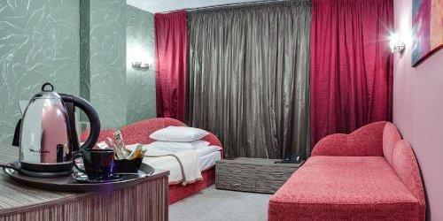 Забронировать X&O Hotel