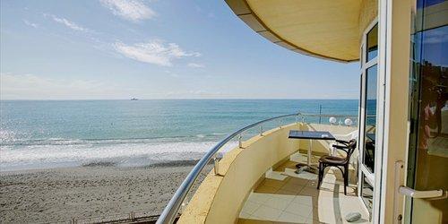 Забронировать Lazur Beach Hotel
