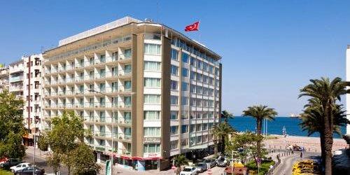 Забронировать Izmir Palas Hotel
