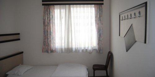 Забронировать Anzac House Youth Hostel