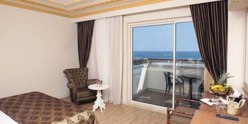 Забронировать Crystal Palace Luxury Resort & Spa