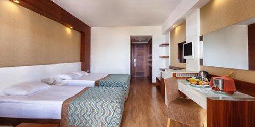 Забронировать Sea World Resort & Spa