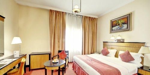 Забронировать Rayan Hotel Corniche