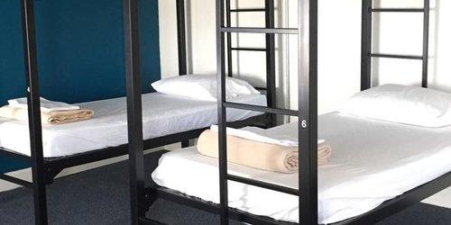 Забронировать AAE 11th Avenue Hostel