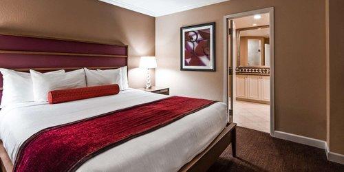 Забронировать Best Western Plus Casino Royale (On The Strip)