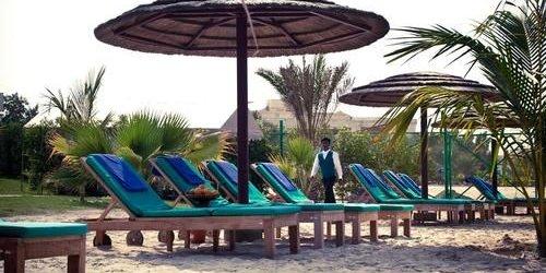 Забронировать Royal Beach Resort & Spa