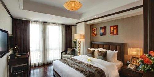 Забронировать Golden Lotus Luxury Hotel