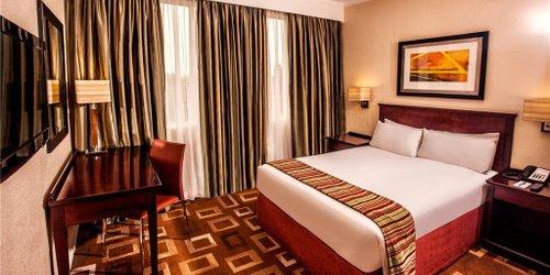 Забронировать Garden Court OR Tambo International Airport