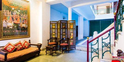 Забронировать Hotel Devraj Niwas