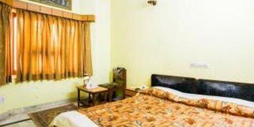 Забронировать Hotel Surbhi Palace