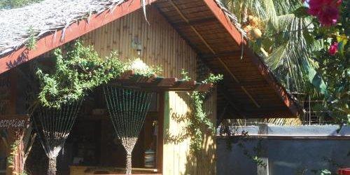 Забронировать Jungle Flower Guest House