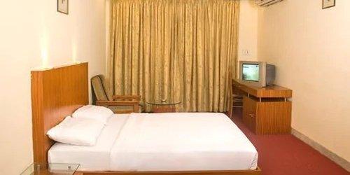 Забронировать Hotel Bawa Regency