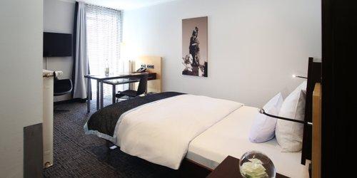 Забронировать Schiller 5 Hotel + Boardinghouse