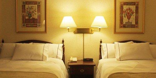 Забронировать Best Western Roehampton Hotel & Suites