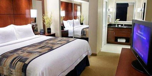 Забронировать Residence Inn Toronto Downtown / Entertainment District