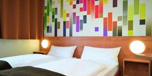 Забронировать B&B Hotel Stuttgart-City