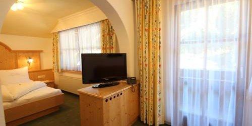 Забронировать Hotel Garni Monte Bianco