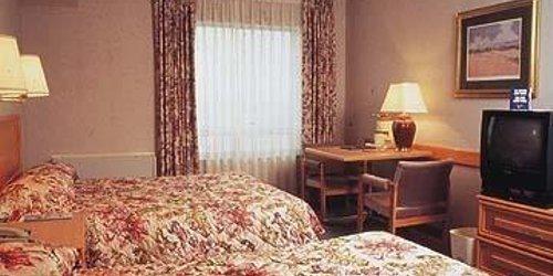 Забронировать Quality Hotel Ottawa