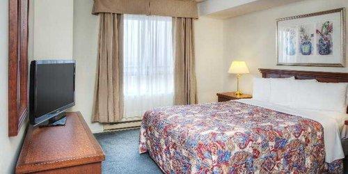 Забронировать Les Suites Hotel