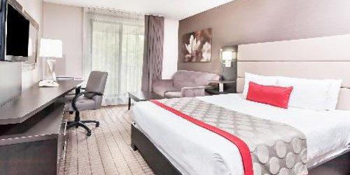 Забронировать Ramada Ottawa on the Rideau