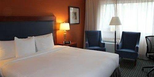 Забронировать Southway Hotel