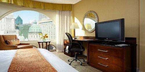 Забронировать Montreal Marriott Chateau Champlain