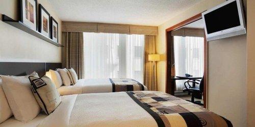 Забронировать Embassy Suites by Hilton - Montreal