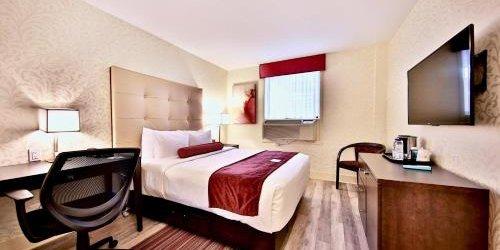 Забронировать Best Western Plus Montreal Downtown- Hotel Europa