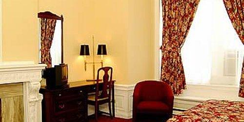 Забронировать Hotel Ambrose