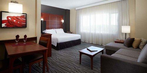 Забронировать Residence Inn by Marriott Montreal Airport