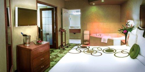 Забронировать Deerfoot Inn and Casino