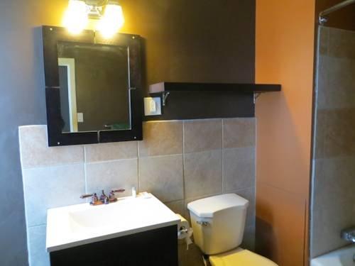 фото Lacombe Hotel 1019127589