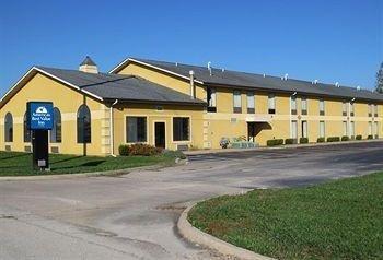 фото Americas Best Value Inn & Suites 1087566913