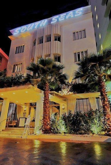 фото South Seas Hotel 110309786