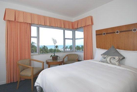 фото South Seas Hotel 110309794