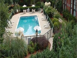 фото Holiday Inn Cartersville Hotel 1105179074