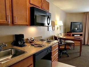 фото Candlewood Suites Atlanta Gwinnett Place Hotel 1105181748