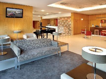 фото Lisboa Almada Hotel 111506503