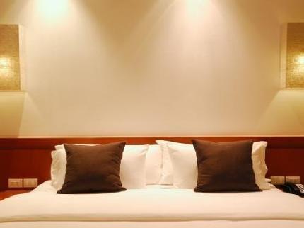 фото Holiday Inn Express Hotel & Suites Jackson - Flowood 111842533