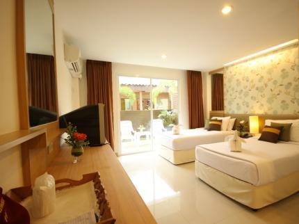 фото Windmill Resort Hotel Pattaya 111859324