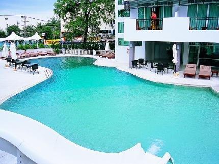 фото Pattaya Discovery Beach Hotel 111860646