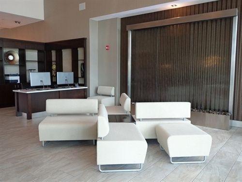 фото Holiday Inn Austin Airport 1152356029