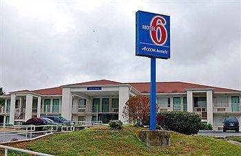фото Motel 6 Lexington East 1201563012