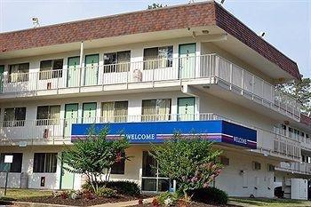 фото Motel 6 Cincinnati South - Florence Ky 1201563060
