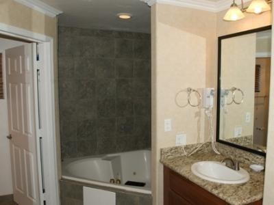 фото Inn Suites 1208018044