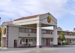 фото Super 8 Oklahoma/Frontier City 1208117582