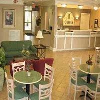 фото La Quinta Inn Huntsville 1208157577
